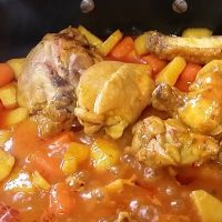 Pollo Guisado (Chicken Stew)