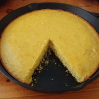 Lee's Sweet Cornbread
